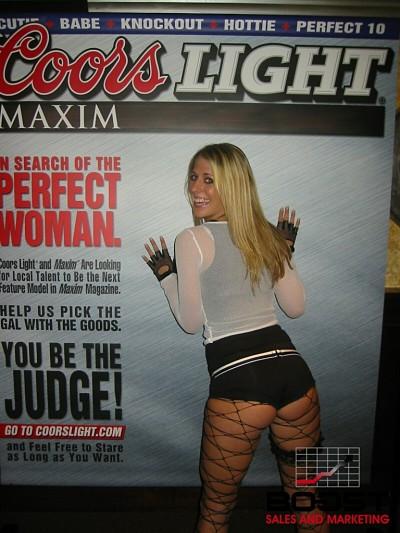 Sexy Coors Light girl next door showing her ass